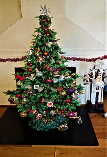 My Christmas Tree 515x350